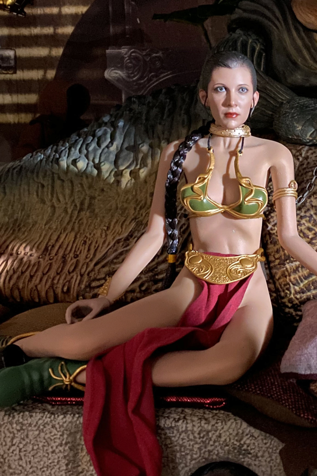 StarWars - NEW PRODUCT: HOT TOYS: STAR WARS: RETURN OF THE JEDI PRINCESS LEIA 1/6TH SCALE COLLECTIBLE FIGURE Img_8423