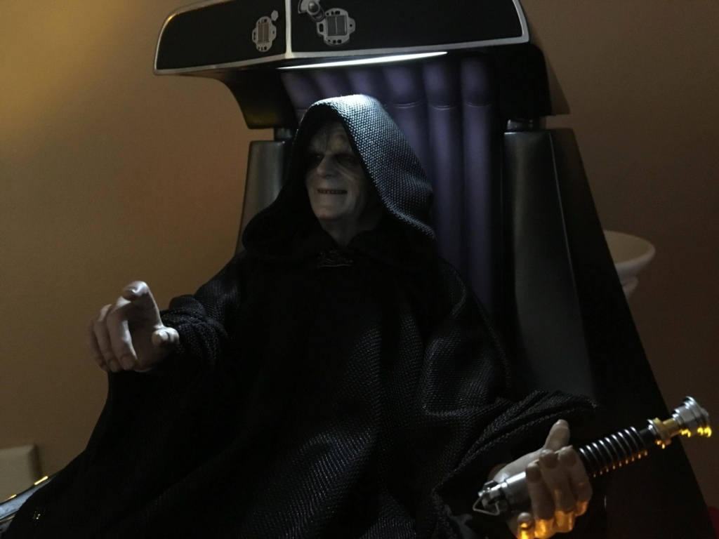 rotj - Hot Toys Star Wars Emperor Palpatine (Deluxe) Review - Page 2 Img_8510