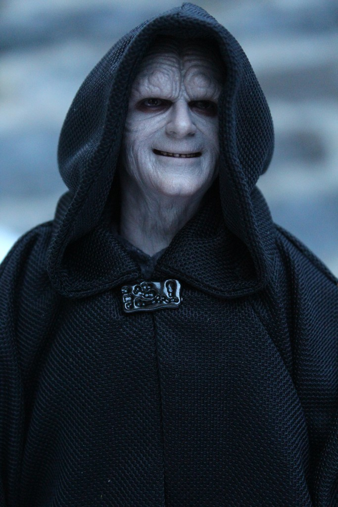 rotj - Hot Toys Star Wars Emperor Palpatine (Deluxe) Review - Page 2 Jdwwrq10