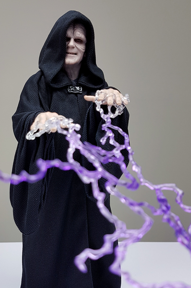 rotj - Hot Toys Star Wars Emperor Palpatine (Deluxe) Review - Page 2 Palpat11