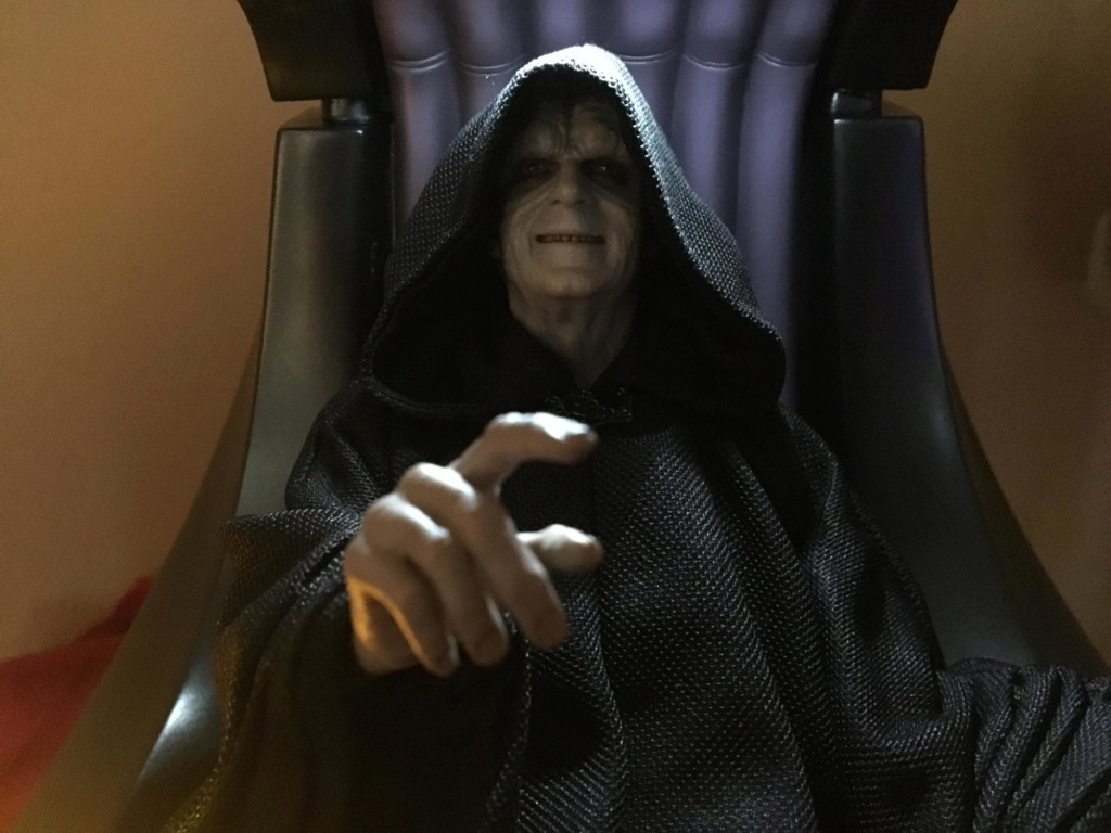 rotj - Hot Toys Star Wars Emperor Palpatine (Deluxe) Review - Page 2 Palps_10