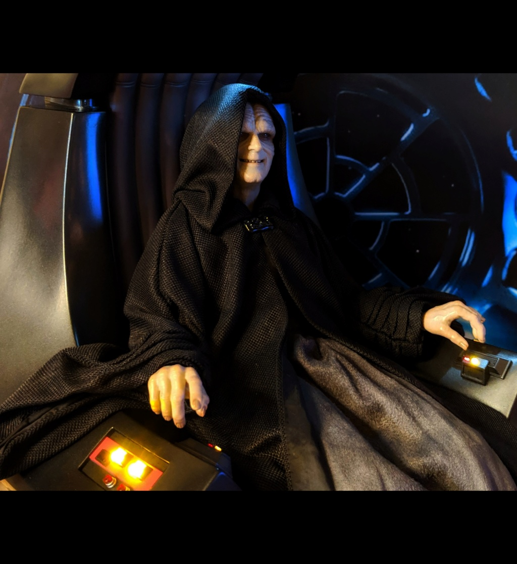 rotj - Hot Toys Star Wars Emperor Palpatine (Deluxe) Review - Page 2 Ph5uyf10