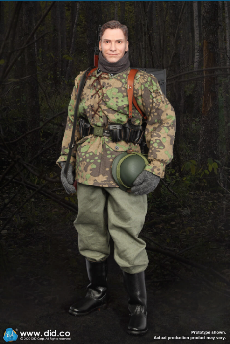 Dennis - NEW PRODUCT: DiD: 20th Waffen Grenadier Division Of The SS (1st Estonian) Radio Operator (Dennis - Version A) & (Matthias - Version B) Scree471