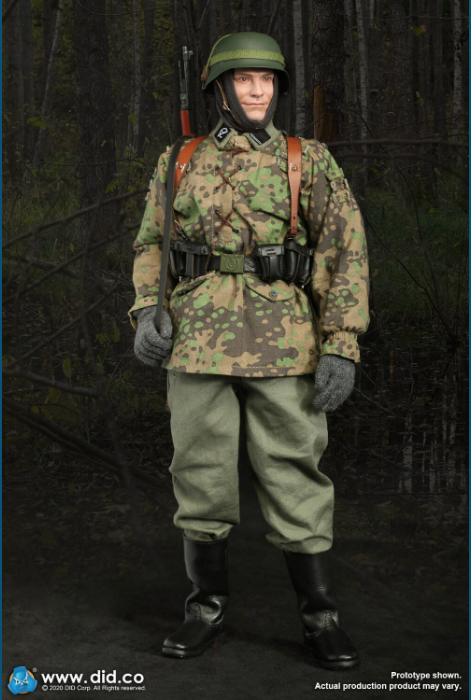 Dennis - NEW PRODUCT: DiD: 20th Waffen Grenadier Division Of The SS (1st Estonian) Radio Operator (Dennis - Version A) & (Matthias - Version B) Scree475