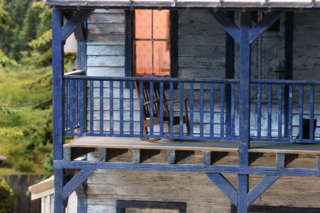 Un diorama US au 1/35 - Un garage et un hôtel quelque part en Oregon A_rock11