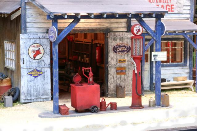 Un diorama US au 1/35 - Un garage et un hôtel quelque part en Oregon Garage12