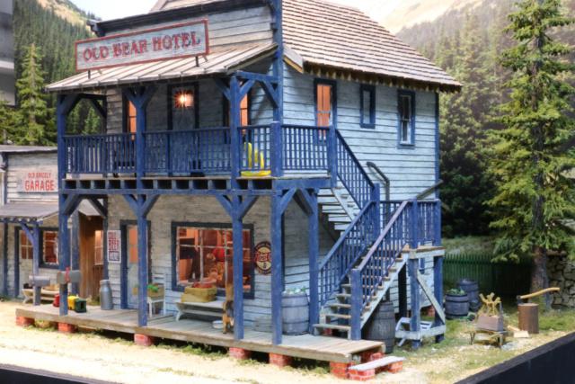 Un diorama US au 1/35 - Un garage et un hôtel quelque part en Oregon Hotel011