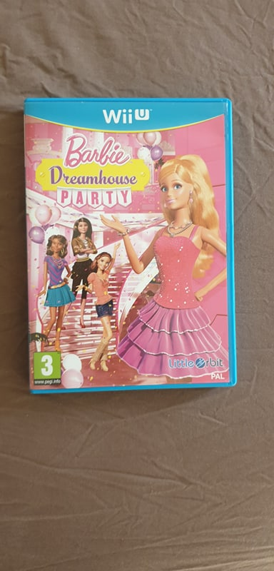 (ECH) Console Wii U + Barbie Dreamhouse Barbie13