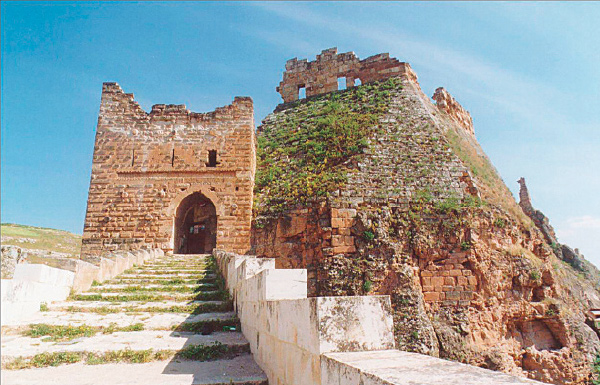 اشهر القلاع الاثرية في سوريا 18a10