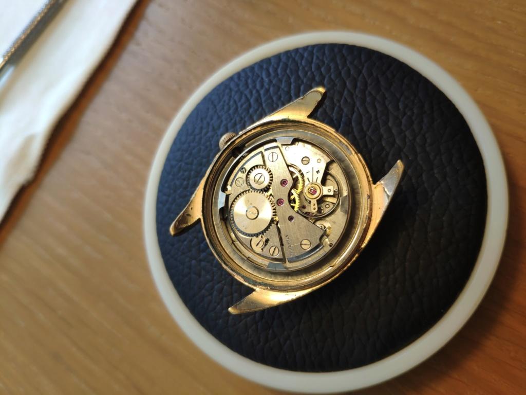 Mido -  [Postez ICI les demandes d'IDENTIFICATION et RENSEIGNEMENTS de vos montres] - Page 35 Ef90a910