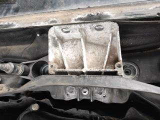 [ BMW E60 525.xd an 2008 ] Changement du Moteur d'Essuie - Glace avec Tringlerie (Résolu )  Img_2011