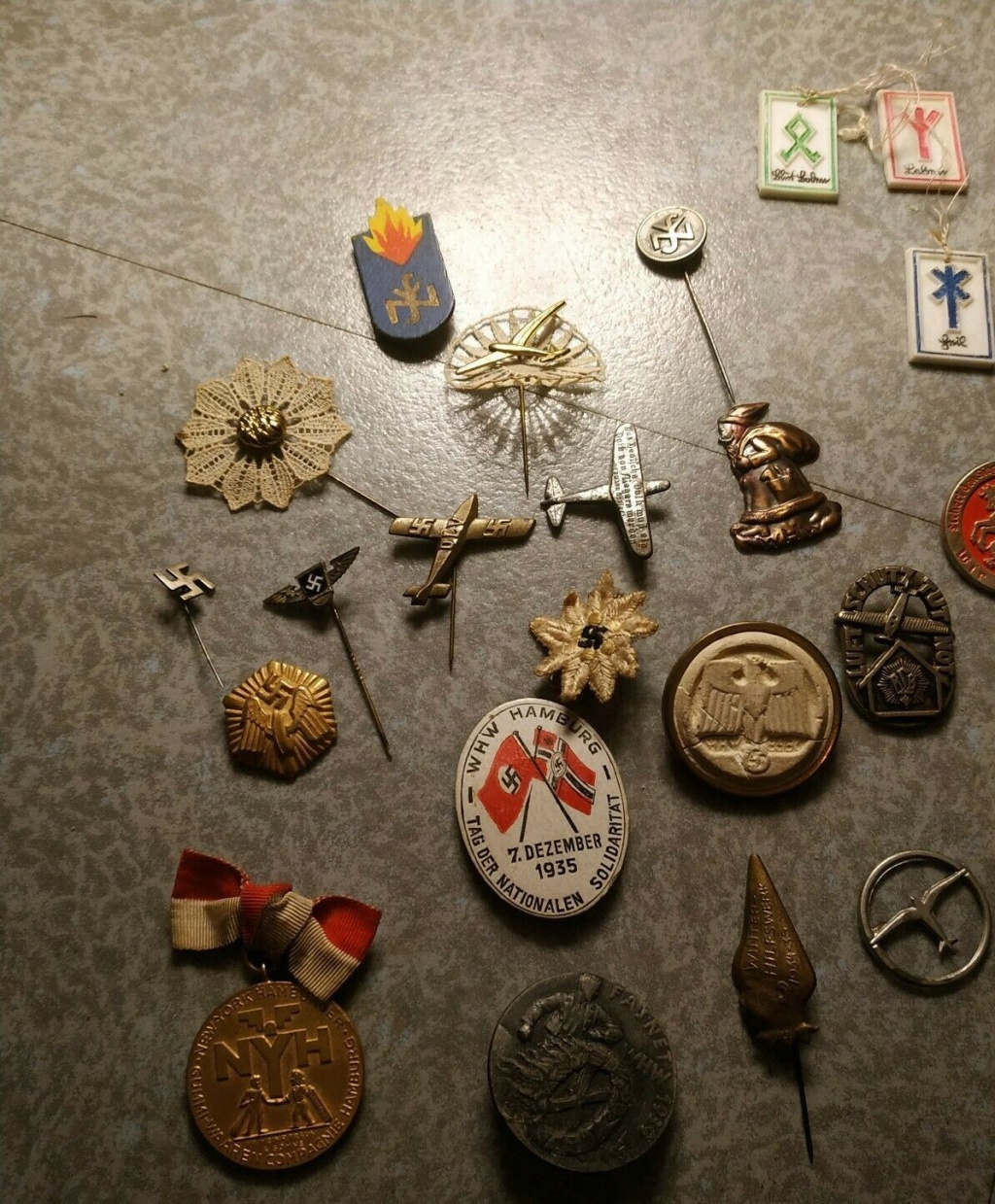 Lot insignes III Reich Vichy FFI à authentifier? S-l16014