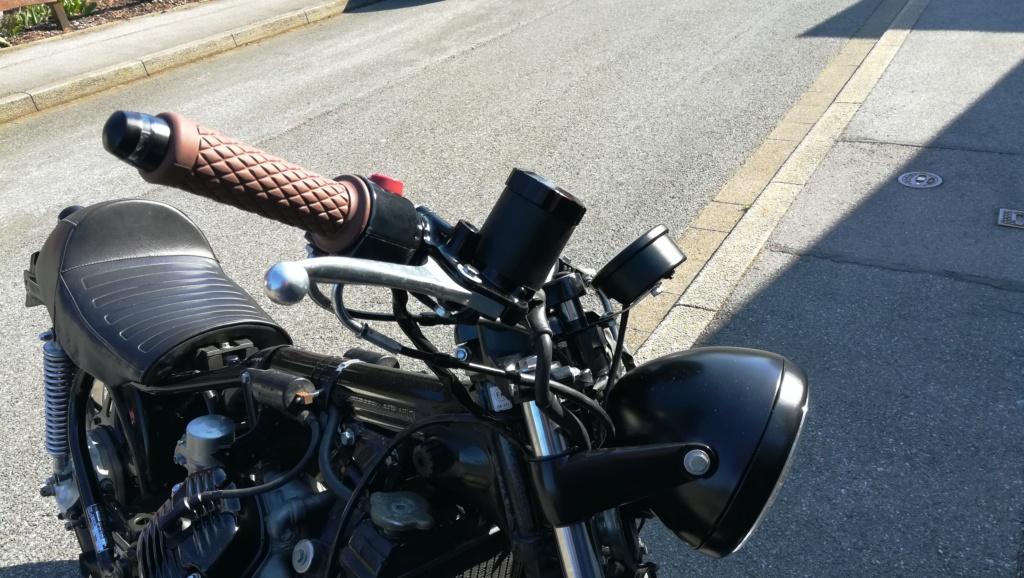 Bremsflüssigkeitsbehälter in schwarz Img_2013