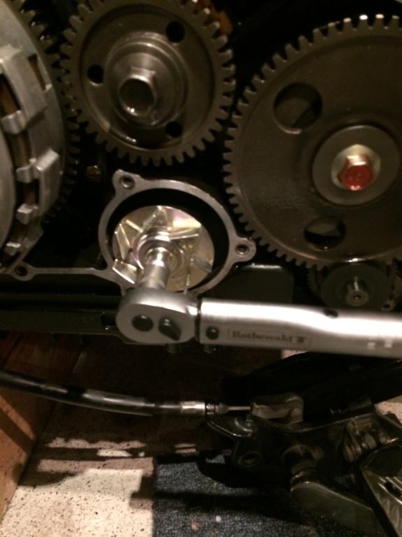 800 VN - Changement Joint torique de pompe à eau  4a35c510