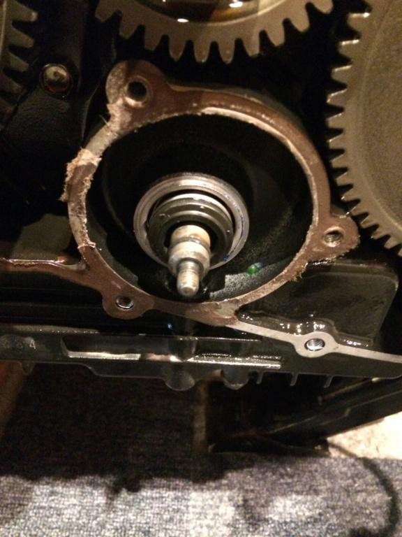 800 VN - Changement Joint torique de pompe à eau  918f4310