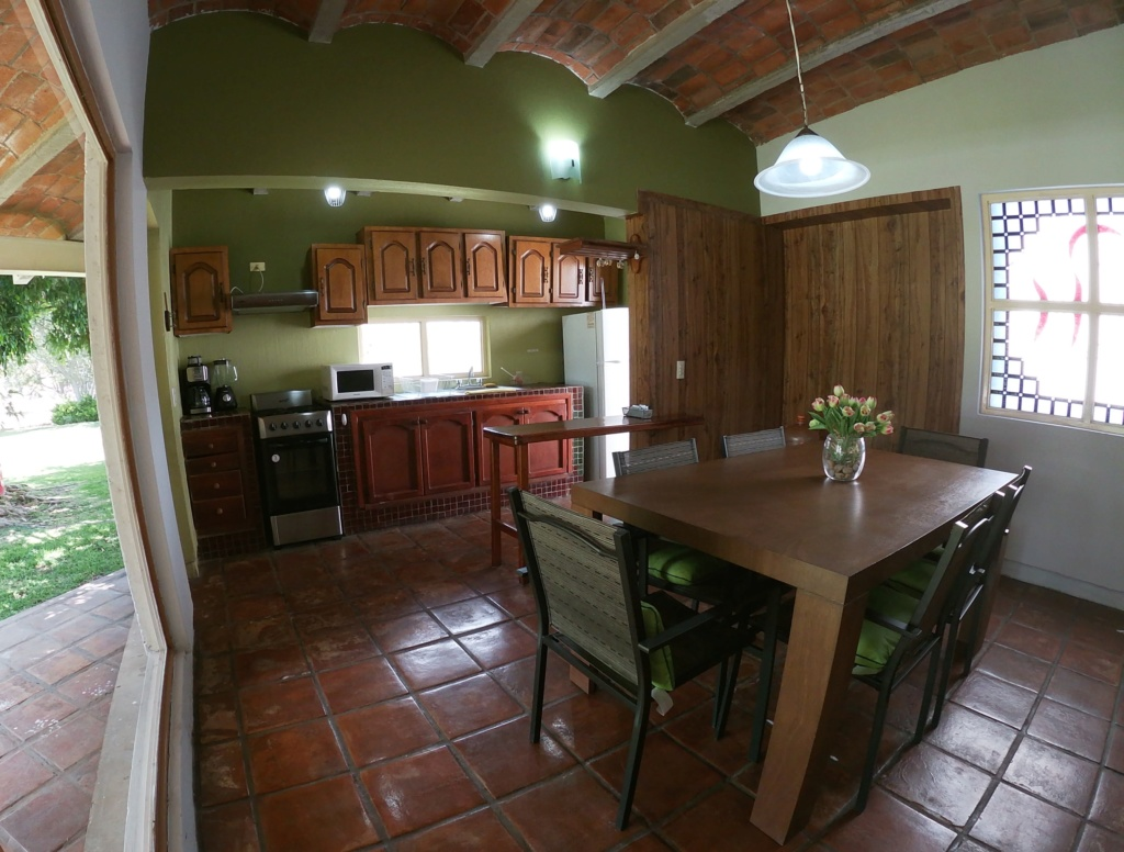Long term rent for house in Roca Azul subdivision (10 minutes away from Jocotepec). Gopr0611