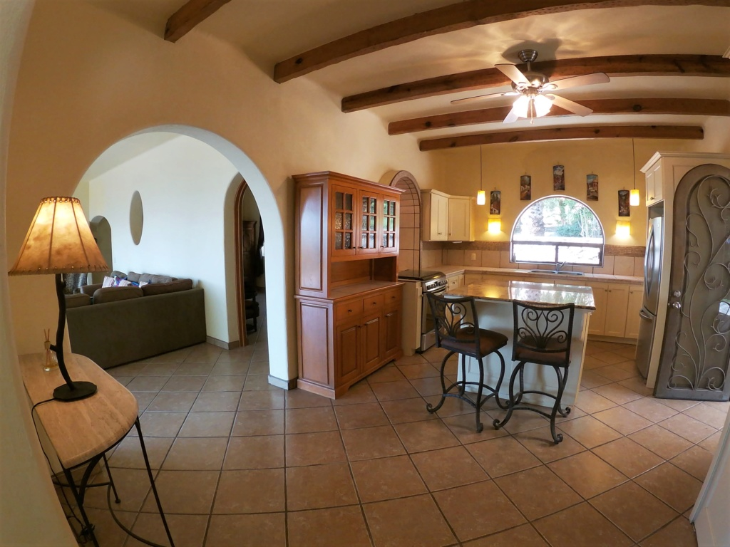 Lovely house with casita west of Ajijic. Available for rent short or long term. Kitche10