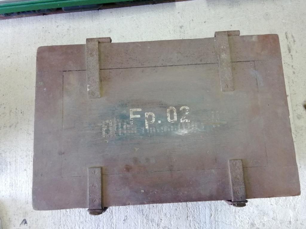 Caisse en bois avec 2 utilisations Img_2500