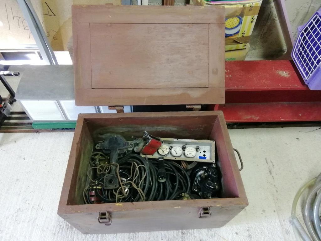 Caisse en bois avec 2 utilisations Img_2502