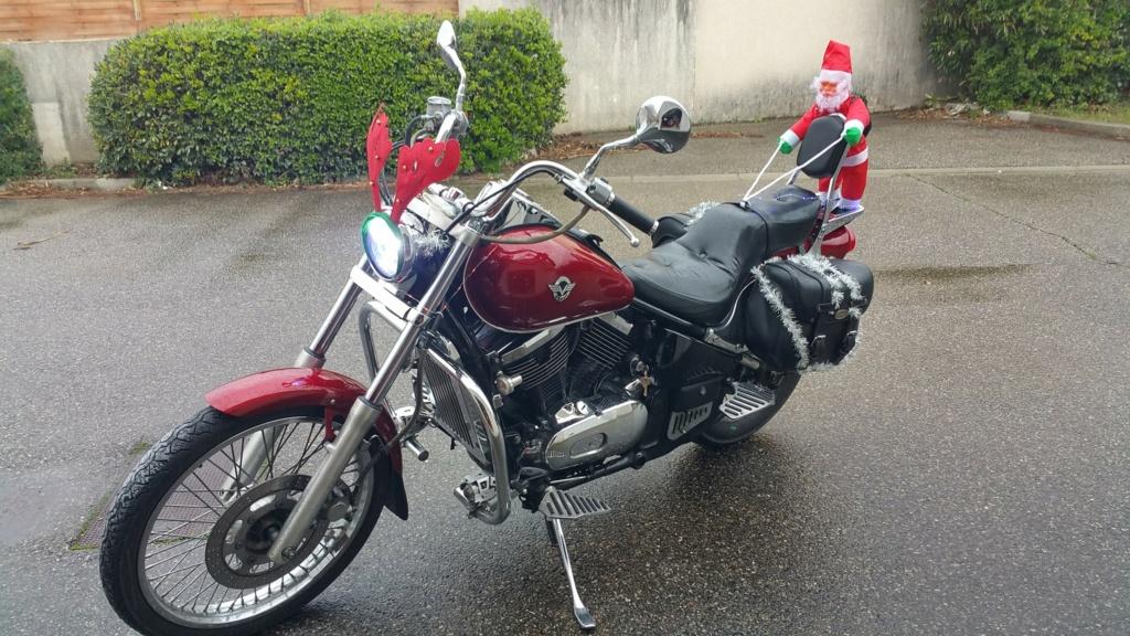 La PARADE des Père/Mère Noël motards Vn_per10