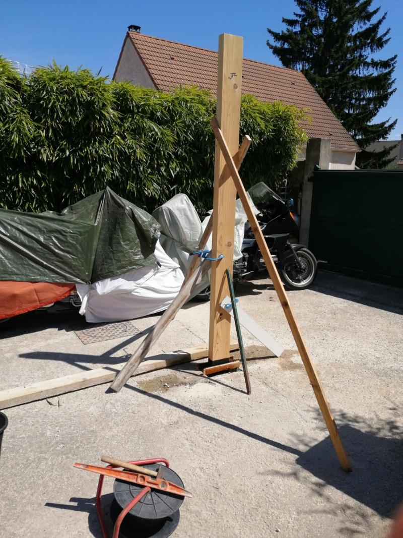 c'est parti pour la construction de la chambre pour la petite dernière Img_2011