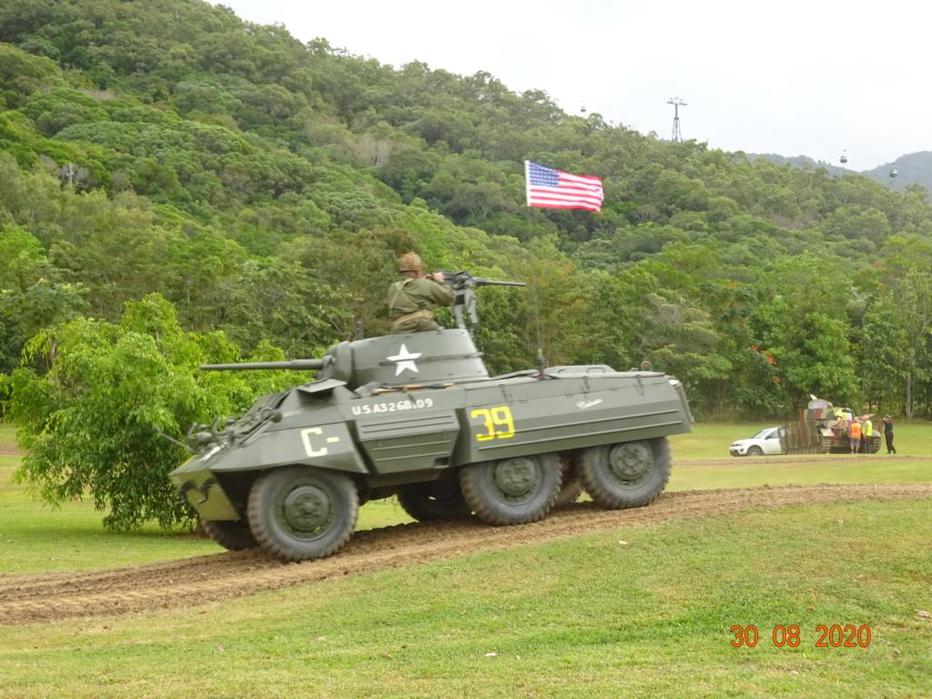 running ww2 tanks Dsc00730