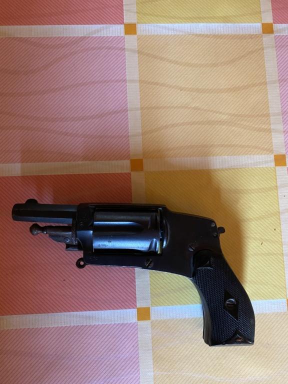 Revolver bulldog hamerless 7b432210