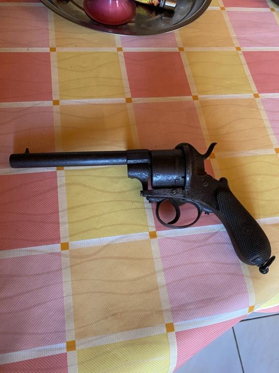 Revolver à broche (colt belge?) 934c5710