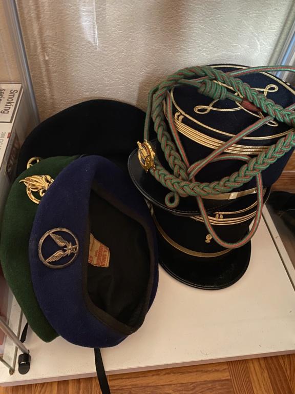 Vitrine décoration militaire E6269010