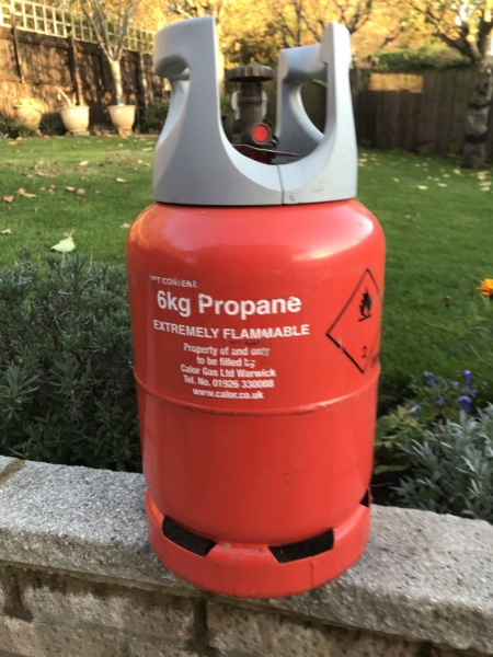 Calor Lite 6kg gas bottle 32bb9310