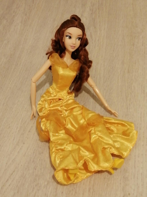 Les poupées classiques du Disney Store et des Parcs Img_2012