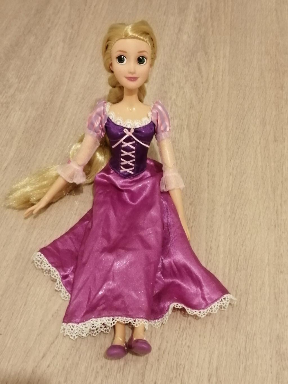 Les poupées classiques du Disney Store et des Parcs Img_2014