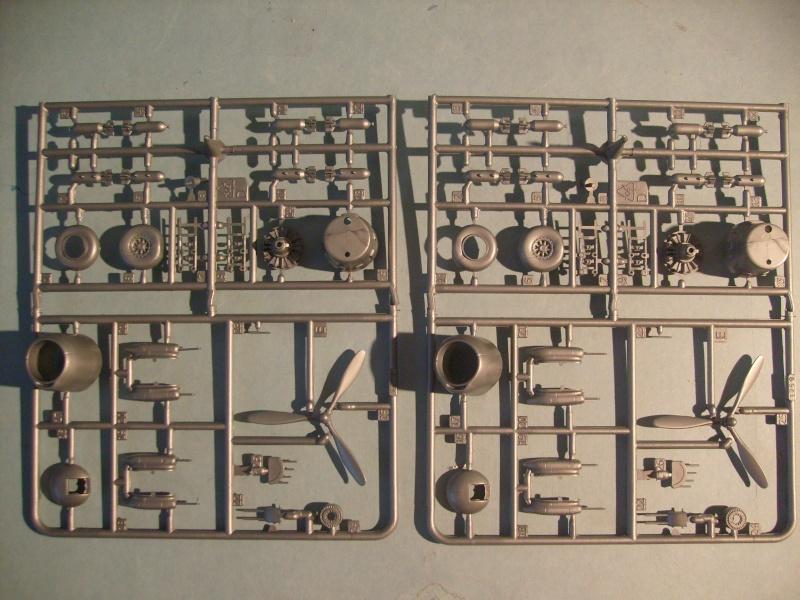Multi-présentations ITALERI DOUGLAS A 26 C / K INVADER 1/72ème Réf 1259 & 1249 et REVELL DOUGLAS A 26B INVADER 1/72ème Réf 04310 S7300104