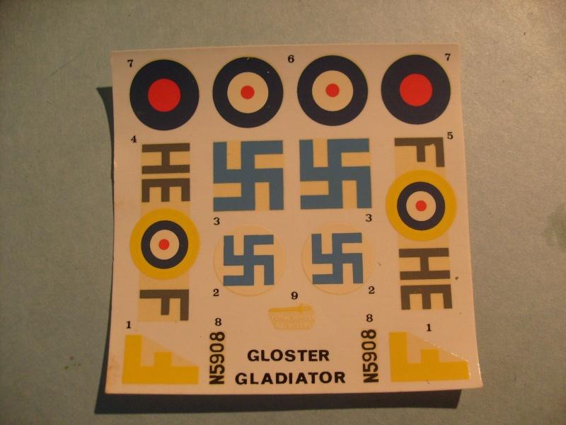 Comparatif GLOSTER GLADIATOR 1/72ème S7300725