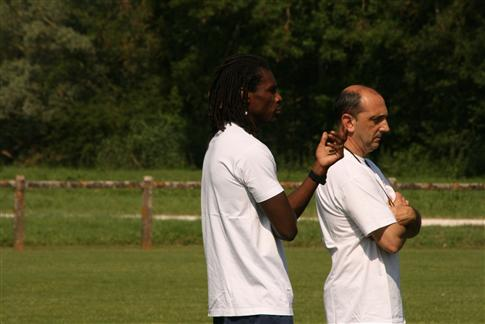 Reprise et matchs amicaux de préparation pour 2010-2011 - Page 2 Getcai10