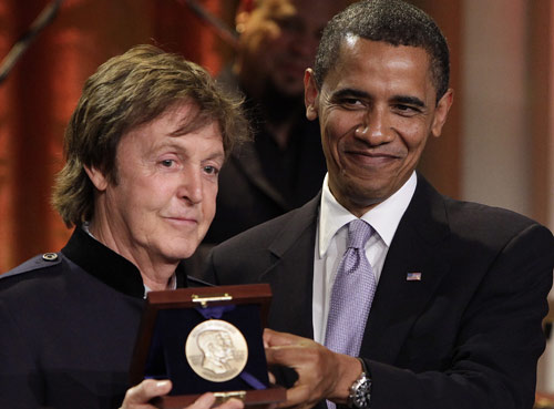 """PBS Diffusion TV """"Paul McCartney in performance at the White House"""" Paul-m11"""