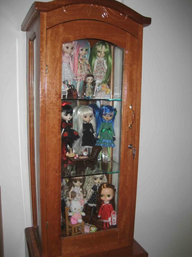 vitrine pour poupée /dressing Vitrin11