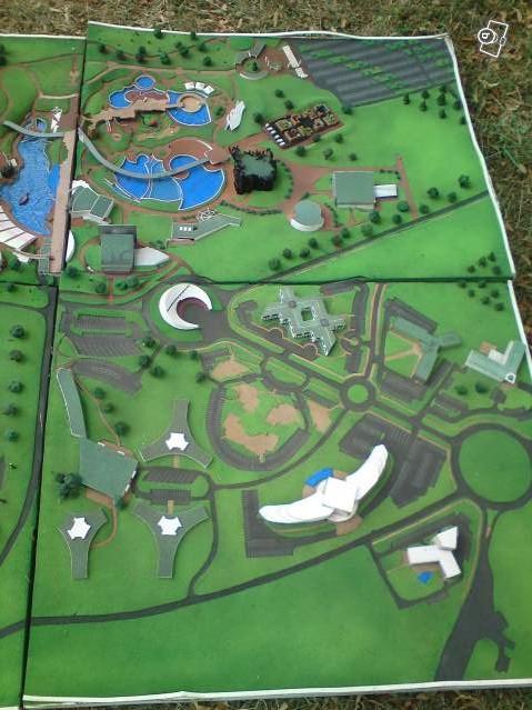 Ancienne maquette du Parc 40266810