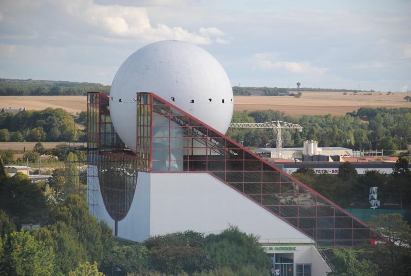 Boule du Futuroscope : démontage, reconstruction, scénographie (2012-2014) - Page 5 Dsc_0219