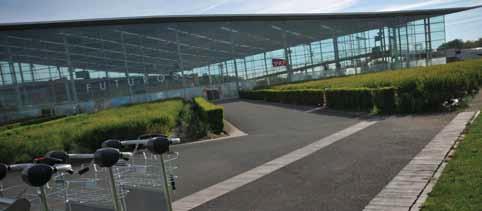 La Gare TGV Futuroscope - Page 7 Garetg10
