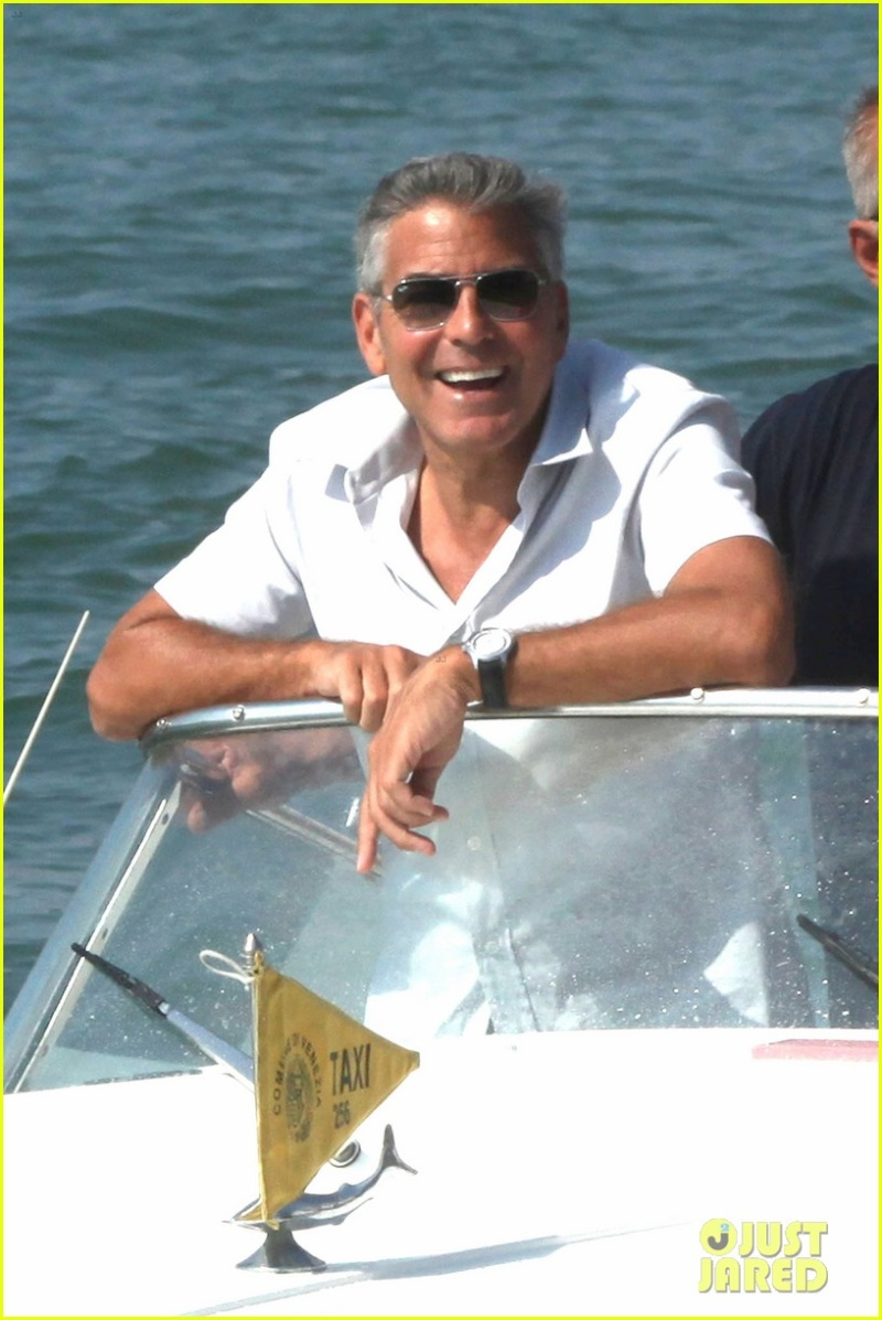 George Clooney and Stacy Keibler in Venice.....always on the boat.... - Page 2 Da_ivo12