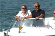 George Clooney and Stacy Keibler in Venice.....always on the boat.... - Page 2 Venice18