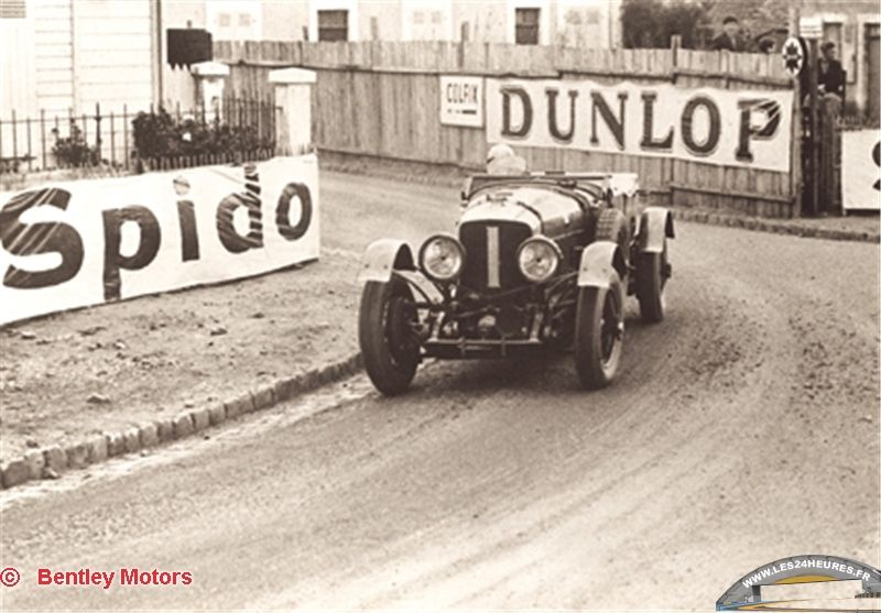 Autoworld - Bentley : 100 ans dans le mouvement ! - Page 2 Bentle19