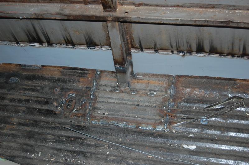 Restauration du combi Split 65 - Page 3 Visite13