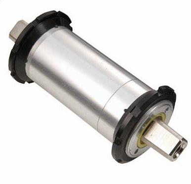Axe de pédalier ( et boitier ) Jp100010