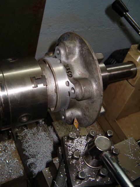 BEAU GOMMARD POUR VRAIE MACHINE DE COURSE Hpim5015