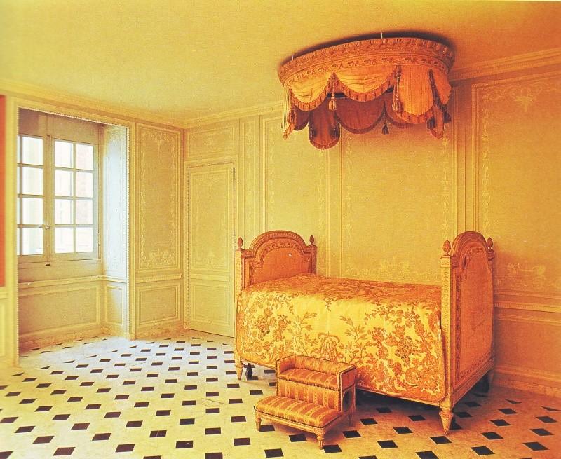 Chambre à coucher du Petit appartement de Marie-Antoinette, au rez-de-chaussée du château de Versailles Ma_cha10