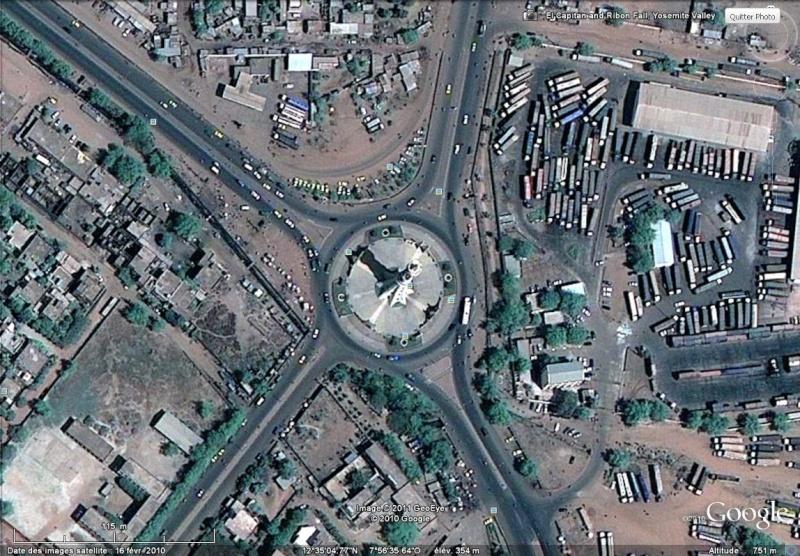 [MALI] - Les monuments sur les ronds-points de Bamako - Page 2 Sans_t69