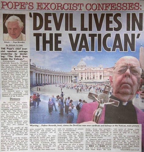SÍMBOLOS LUCIFERIANOS EN LA RELIGIÓN - Página 4 Devil_10