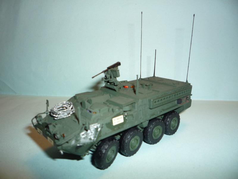 Stryker m1126 1/72 academy P1050919